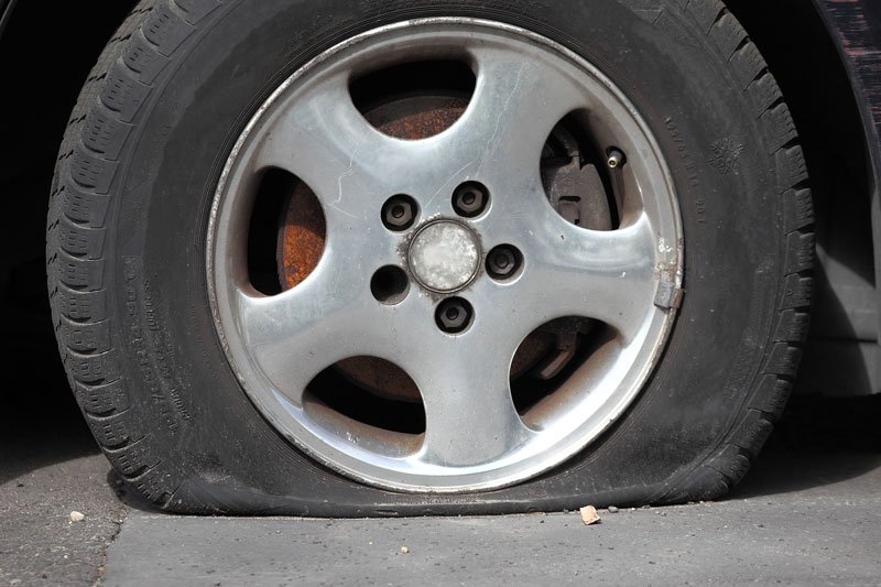 Tire Pop Safety Tips and Invest in Auto Insurance in Lombard, IL