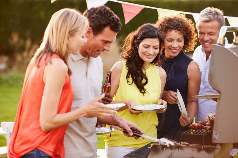 Get Ready for Summer Entertaining with These Backyard Barbecue Tips