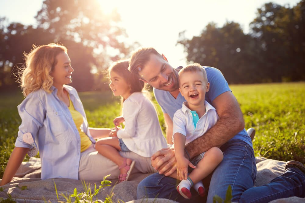 How to Choose the Right Life Insurance Policy According to Your Age